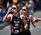 Vicky Holland brings home ITU gold after thrilling Leeds display