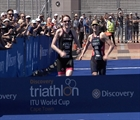 Murray and Hall claim the first victories of the World Cup season